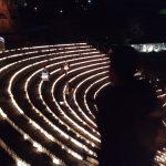 Les marches de l'Odéon illuminées